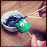 HALLOWEEN SPECIAL #2: Frankensteins Monster Marshmallow Pops